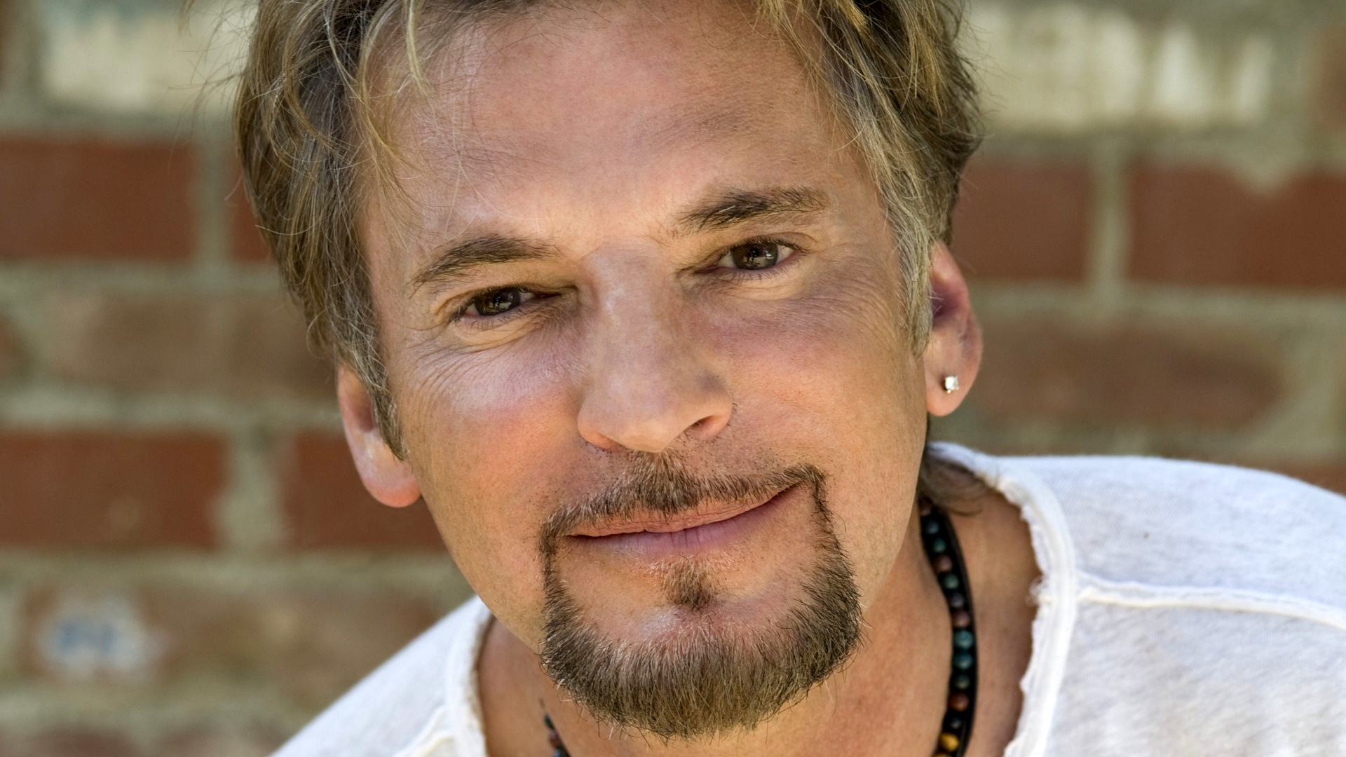 Kenny Loggins and Friends | AXS TV | Music News | Entertainment News