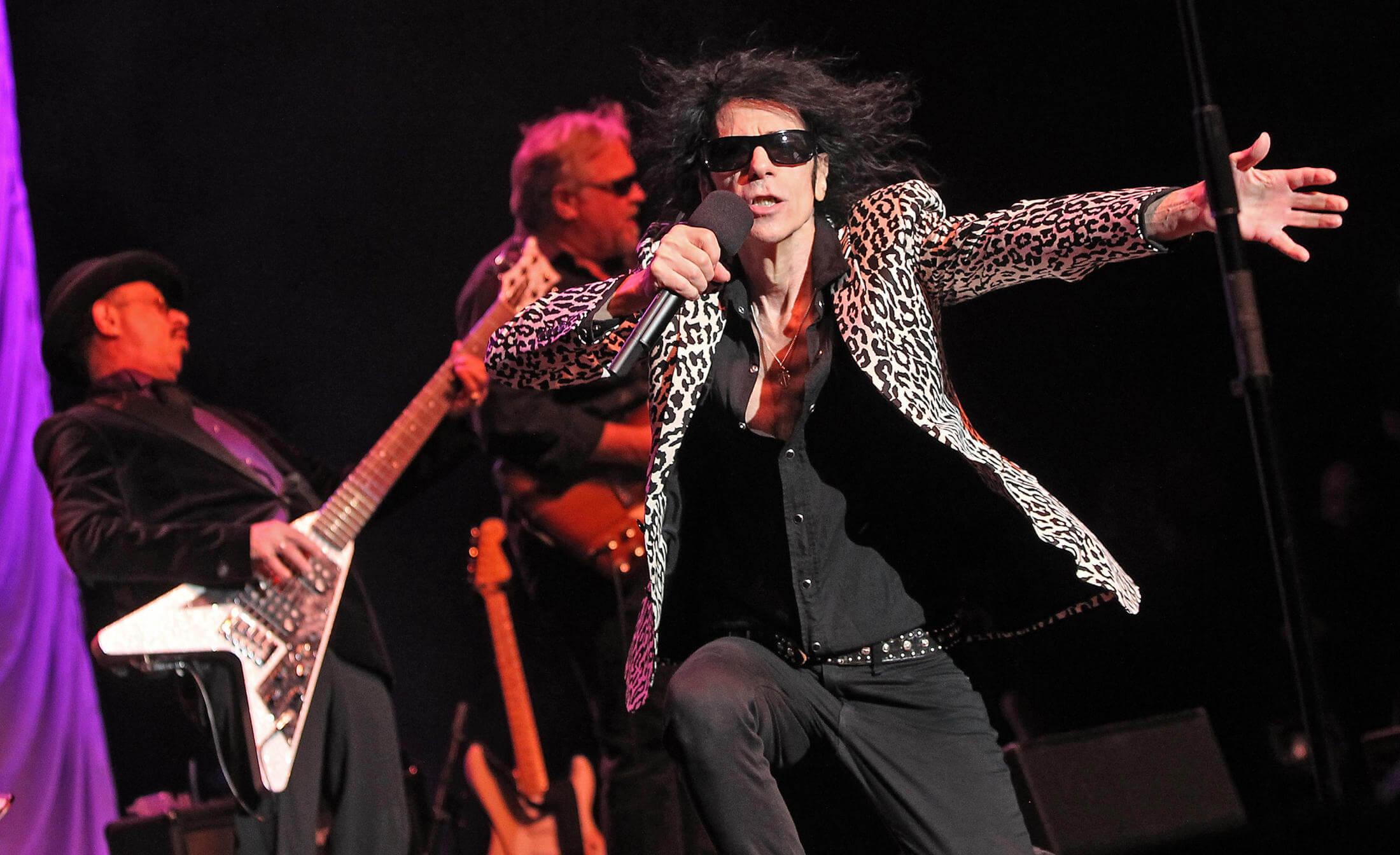 J. Geils Band | Guitarist Pronounced Dead at 71 | Celebrity Death | Music News 2017