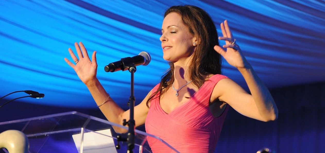 Kimberly Williams -Paisley To Host Charity event