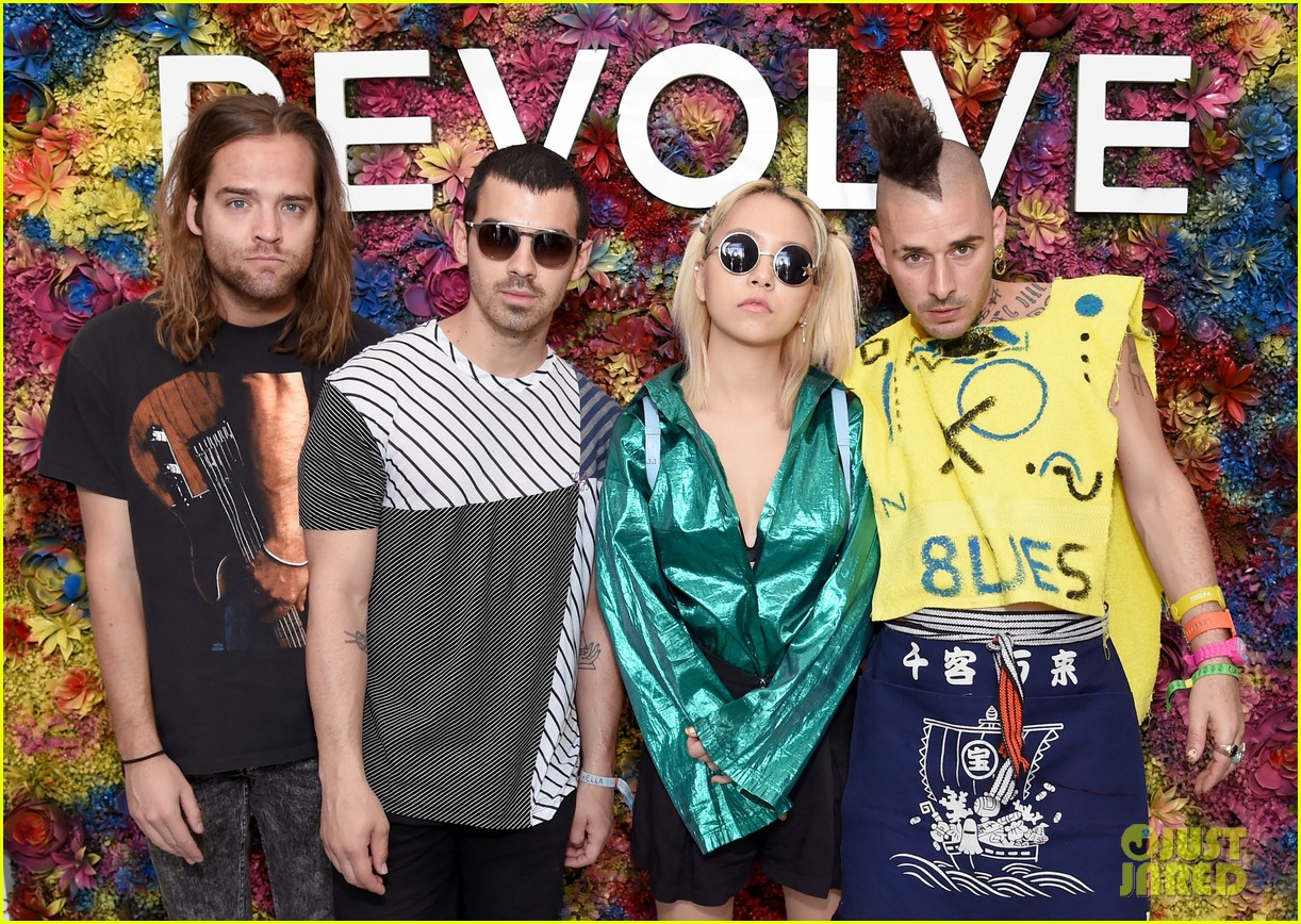 Revolve Kick off Coachella 2017 | Music News | Music Parties 2017